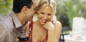 couple-enjoying-wine-940-4501-910x450-300x148